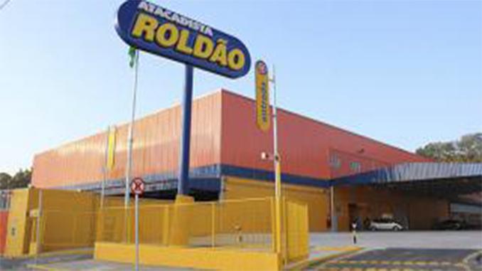 O Roldão , que atua com lojas de atacado em autosserviço, e o Mega  Atacadista acabam de anunciar a incorporação das duas redes no interior de  São Paulo.